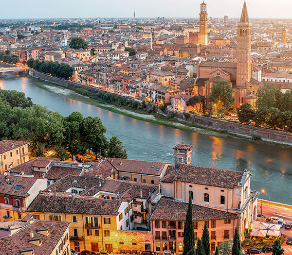 Book a vacation photographer in Verona